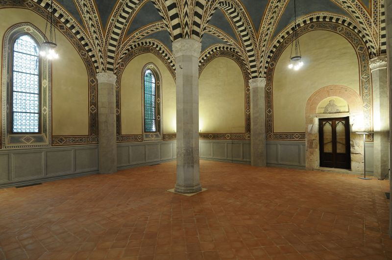 The Sala della Colonna within the San Francesco complex.