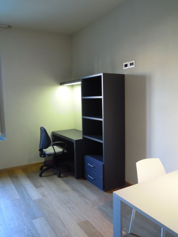 Example of a working space in an apartment in the San Francesco complex.